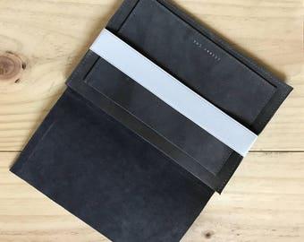 Computer Cover / Macbook / Léonny Cha / computer case
