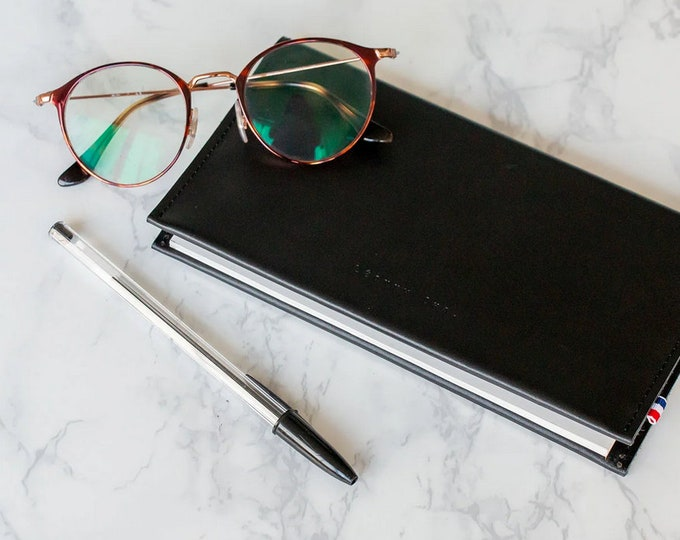 Featured listing image: chekebook wallet / chequebook / leather chequebook /  Léonny Cha