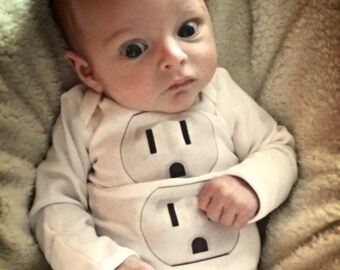 Funny Newborn Infant Baby Boy or Girl Halloween Costume Electrical Outlet Halloween Outfit Baby Toddler Halloween Shirt Bodysuit Liv & Co.™