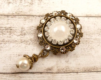 Brooch with Beaded and Clear Rhinestone Bridal Bouquet Brooch Bridal Jewelry Glittery Shell Bead Pearl Gift for her