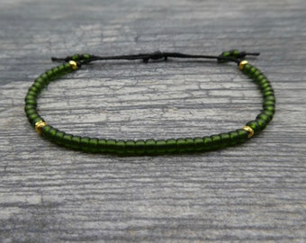Emerald Green Seed Bead Bracelet, Friendship Bracelet, Adjustable Bracelet, Glass Bead Bracelet, Silver Green, Gold Green