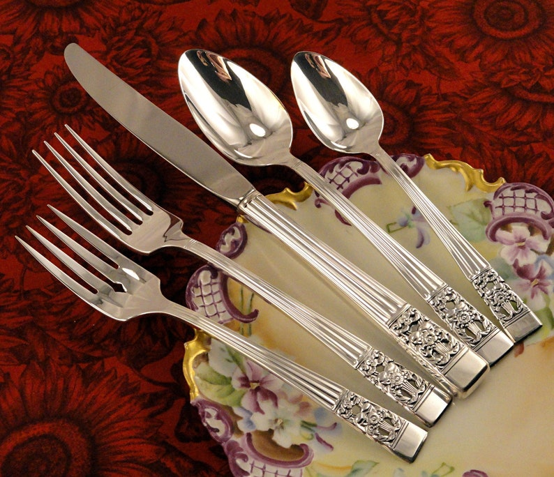 Oneida Coronation Salad Fork Community Silverplate Flatware Silverware