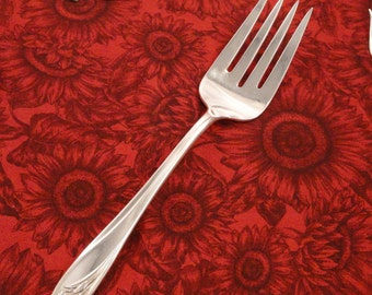 1847 Rogers Vintage 1950 Daffodil Large Meat Serving Fork Silverplate Flatware