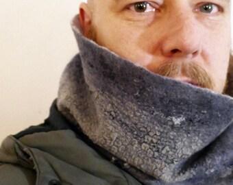 Hose scarf made of merino wool with silk - unisex - felted - AnnaBlumenkind - Unique