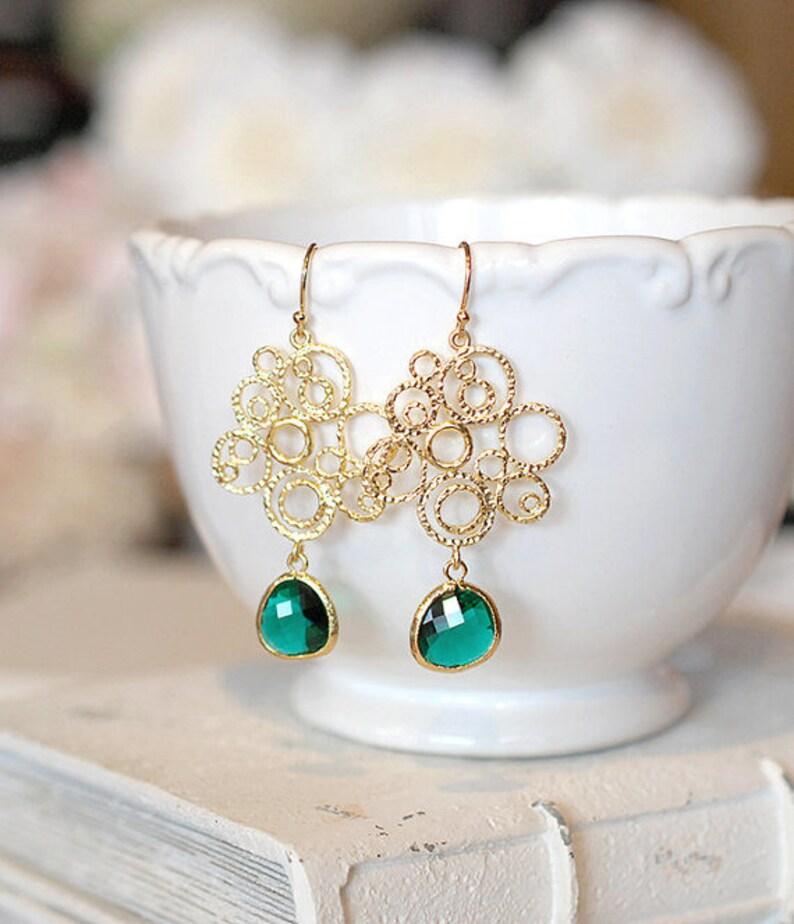 751d27e62d8a Pendientes de filigrana de oro verde esmeralda joyería de la