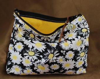 Makeup/Cosmetic Bag - Daisy