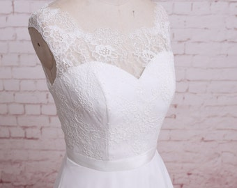 Simple Style Wedding Dress Chiffon Skirt Bridal Gown with Sheer Lace Back Sweetheart Underlay Wedding Dress