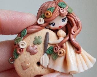 polymer clay parisian pendant, doll pendant, zingara creativa, made to order
