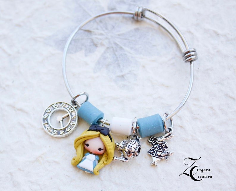 bangle Disney Alice in wonderland  image 0