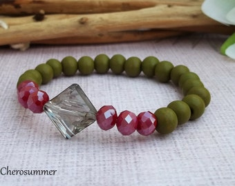 Elegant Wooden Bead Bracelet with Glass Beads Crystal Diamond Olive Green Red