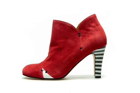 Rote Damen Stiefel High Heel Stiefeletten rot Wildleder Stiefel handgemachte rote Lederschuhe kostenloser Versand Hochzeit Booties
