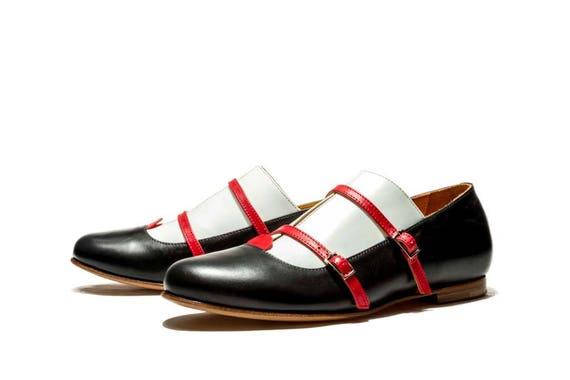 Black handmade women's ballet flats Black flat shoes Oxford shoes Office shoes Monk shoes Women's flats Leather shoes Buckle up shoes