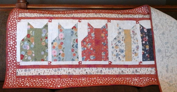 Kool Kats 72 X 28 Quilted Bed Runner Red Navy Etsy