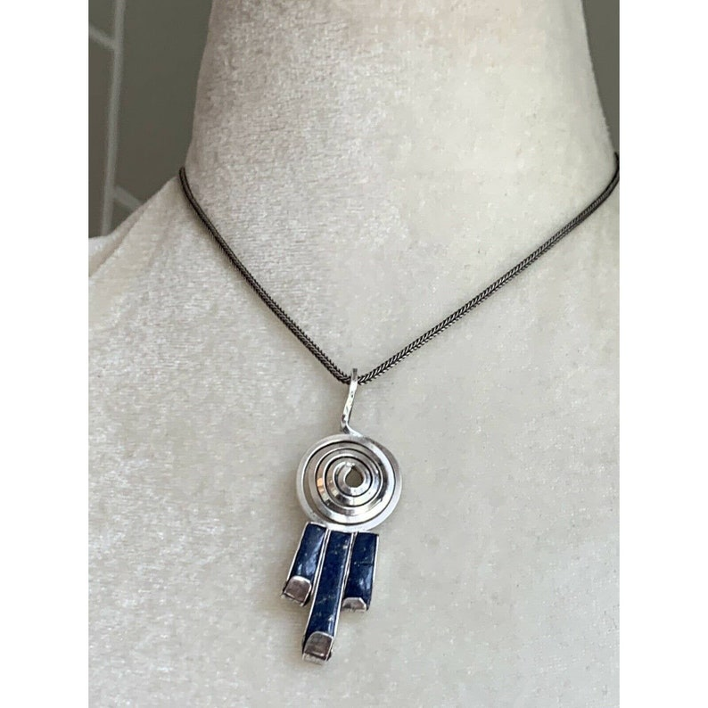 Vintage Sterling Silver /& Lapis Lazuli Swirl Pendant Necklace Artisan BOHO 2.5