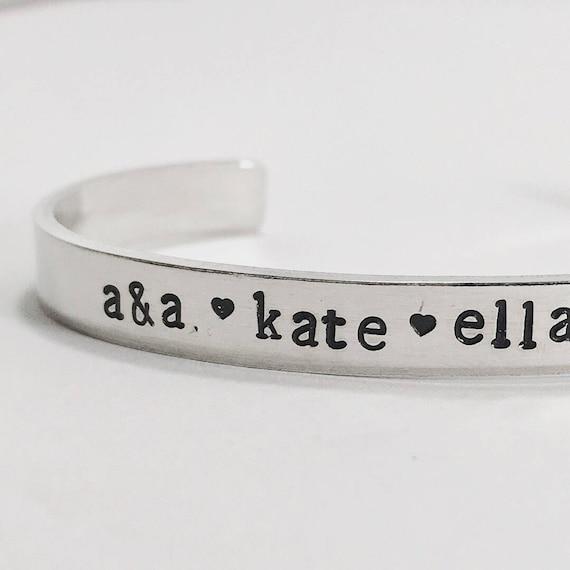 styles classiques liquidation à chaud élégant et gracieux Bracelet maman avec enfants prénoms, bracelet maman ...