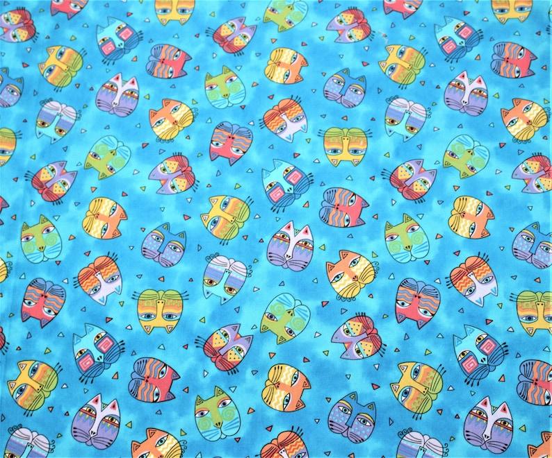 BTHY Laurel Burch Rare Oop FANTASTIC FELINES Pastel Cat Heads on Light Blue Fabric