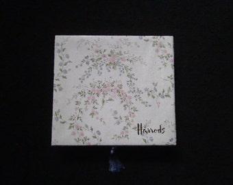 Harrods note let set still boxed