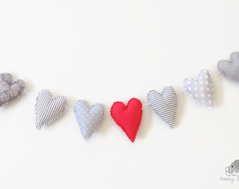 Valentine Mini Heart Garland grey and red, mini heart bunting, banner of 7 hearts on grey Baker's Twine, little hanging hearts gray red