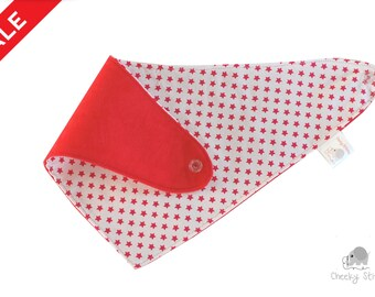 Star bandana baby boy, red and white star dribble bib, baby boy bib, stay dry bandana, dribble catcher for age 3-24 months