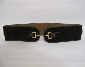 a0b02a6abfe 70s Gucci Belt Medium   1970s Vintage Wide Leather Waist Belt   Horse Bit  women s Belt