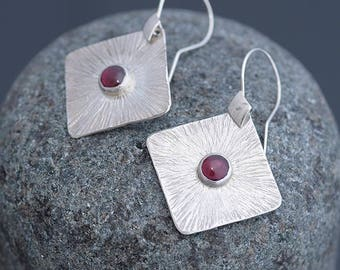 Garnet Earrings, Garnet Jewelry, Square Earrings & Garnet, Garnet Silver Earrings, Garnet Jewellery January Birthstone Earrings Gift for Her