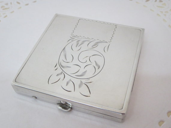POWDER VANITY COMPACT~ Mirror compact~ Silver Ster