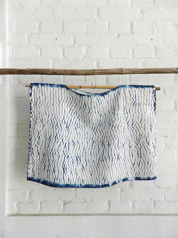 Indigo Worker Apron medium Denim blue hand dyed vintage Linen Itajime Shibori White Pattern Onesize