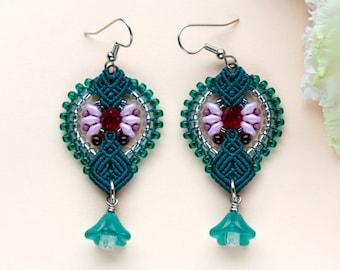Floral macrame earrings, lucite flowers, dark sea green red pink, beaded, micro-macrame jewelry, beadwork, beadwoven, bohemian, boho, gypsy