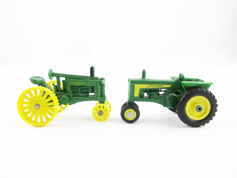 Metal Toy Tractors >> Two John Deere Miniatures 1 64 Scale Tractors Metal Toy G Model With Yellow Wheels Ertl Dyersville Iowa Collectible Farm