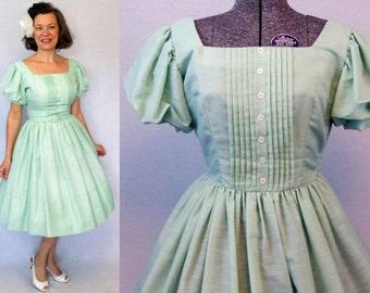 """50s Dress / 1950s Dress / 50s Day Dress / 1950s Day Dress / Jonathan Logan Dress  / New Look Dress / Full Skirt Dress / Green Dress / W 26"""""""