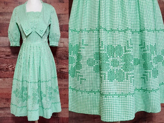 1950s Dress XS Green Gingham Cross Stitch Dress