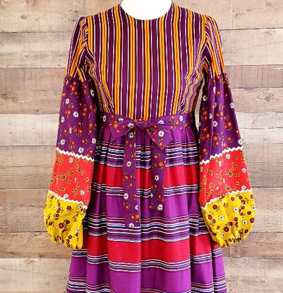 1960s Dress S Small Long Sleeve Maxi Dress - image 3