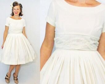 """50s Dress / 1950s Dress / 50s Day Dress / 1950s Day Dress / New Look / Mindy Ross / Ivory Dress / White Dress / Full Skirt Dress / W 24"""""""