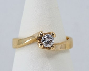 Superb natural diamond solitaire in 18K solid bright gold Stamped unusual designer setting High quality bridal jewelry