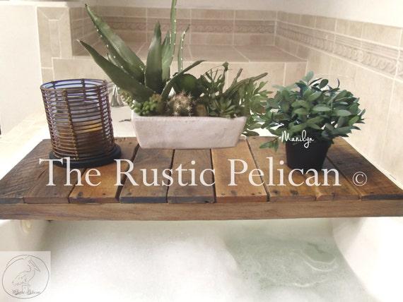 Rustiek Vintage Badkamer : Teruggewonnen hout badkuip lade bad tray badkamer decor etsy
