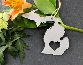 Michigan Spring Decor  Ornament Custom Gift for Her Personalized Stamping Engraving State Souvenir Travel Home Rustic Wedding Father's Day
