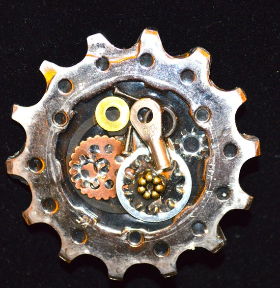 Bicycle Brooch: Upcycled One-of-a Kind Bicycle COG Brooch