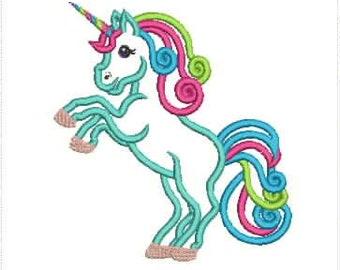 a517c098224 Unicorn embroidery