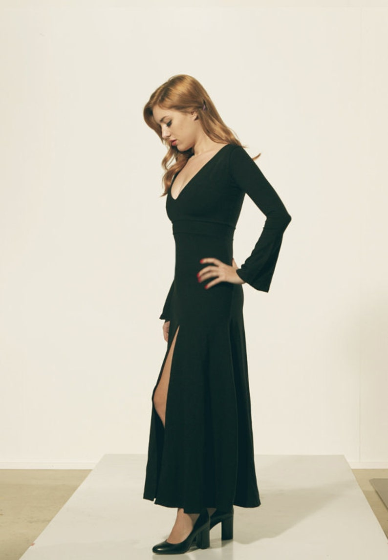 a19c8a7c1d0 Long Thick Black Dress with Split Mortica Addams style