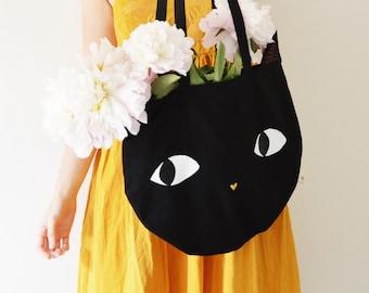 Sac coton chat noir. Tote bag coton noir tête de chat peint et brodé main. Sac de plage chat. Cabas marché chat.