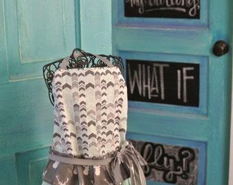 Girl's Apron, kids kitchen, ruffled apron, full apron, apron for kids, size 5/6, size 5-6