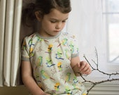 ORGANIC bird dress. Tunic dress with nature print for Waldorf kids. Baby jersey dress with sparrows. Toddler play dress. Birds t-shirt dress