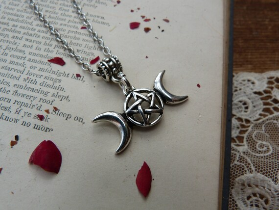 """18/"""" Silver Plated Chain Toadstool Necklace Pagan Wiccan"""