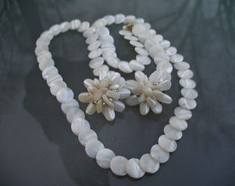 Vintage Chunky MOP Mother of Pearl Long Necklace and Earrings