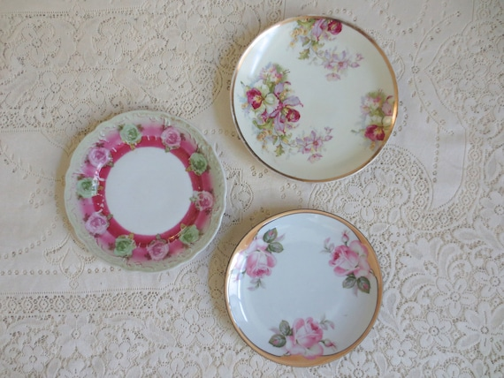 Set of 3 Vintage Decorative Wall Plates. Hand Painted Plates. Antique  Floral Dishes. Germany, Austria. Pink Cottage Shabby Chic Home Decor