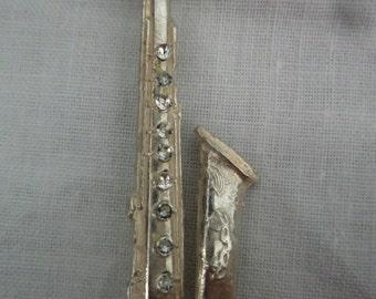 Vintage Pretty Silver Saxaphone Brooch/Pin