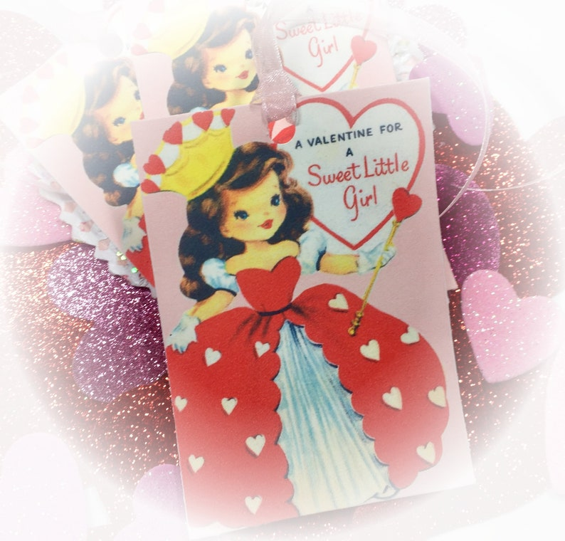 9 Valentine Handmade Gift Bag Tags/Cards & Ribbons  QUEEN OF image 0