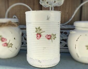 White Shabby Chic Tin Cans Rosebud Roses Lacy Lace Decorative Vase Table Centerpiece Bridal Wedding Home Dorm Nursery Decoration Decor Gift