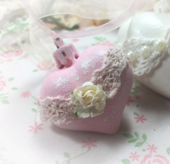 Pink Hanging Heart Shabby Chic Victorian Vintage Style
