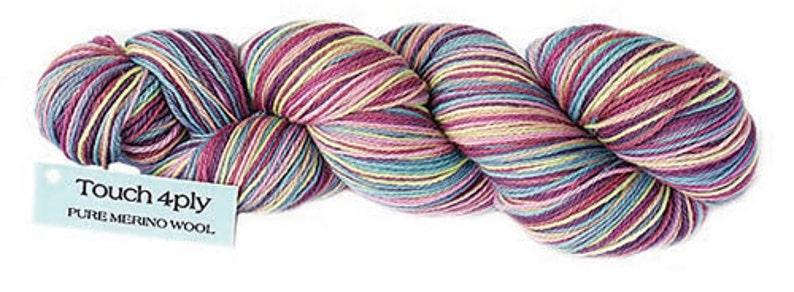 Merino 4ply fingering weight knitting yarn shade 233